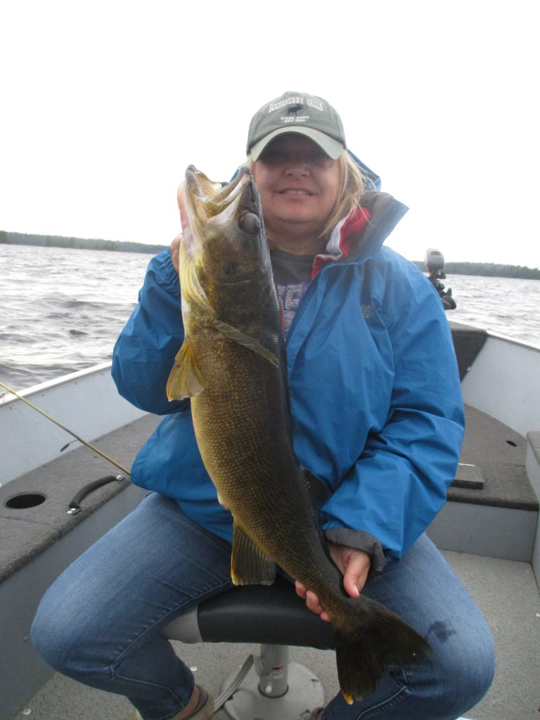 Kim Huettl 28.5'' Walleye